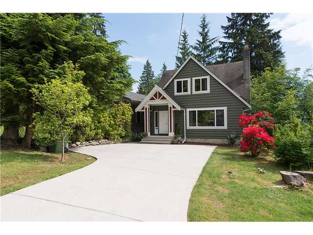 Main Photo: 905 Clements Avenue in North Vancouver: Canyon Heights NV House for sale : MLS® # v1125439