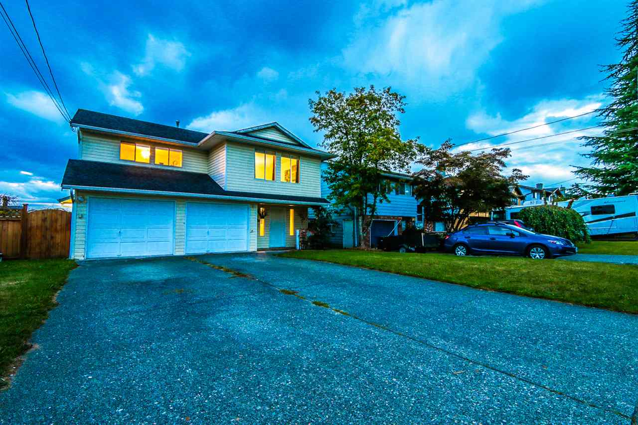 Photo 2: 26514 28B AVENUE in Langley: Aldergrove Langley House for sale : MLS(r) # R2109863