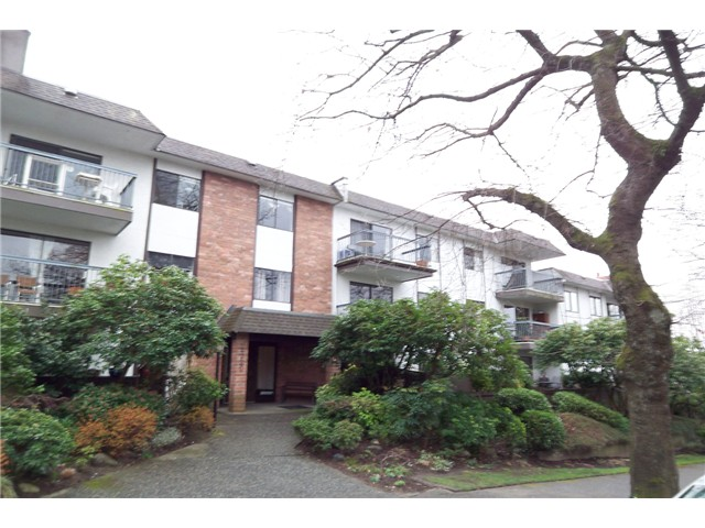 Main Photo: 312 2320 TRINITY Street in Vancouver: Hastings Condo for sale (Vancouver East)  : MLS® # V939156
