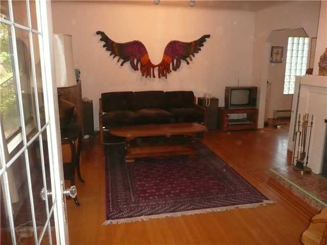 Photo 4: 2345 W 14TH Avenue in Vancouver: Kitsilano House for sale (Vancouver West)  : MLS® # V969990