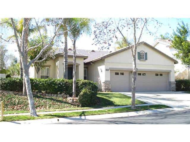 Main Photo: EAST ESCONDIDO House for sale : 3 bedrooms : 2337 Old Ranch Road in Escondido
