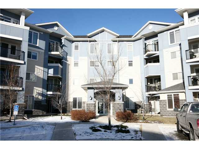 Main Photo: 103 108 Country Village Circle NE in CALGARY: Country Hills Village Condo for sale (Calgary)  : MLS® # C3562805
