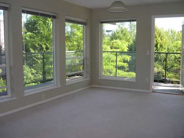 "Photo 4: # 204 33728 KING RD in Abbotsford: Poplar Condo for sale in ""College Park Place"" : MLS® # F1309110"