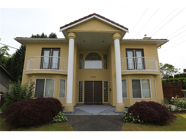 "Main Photo: 938 4TH ST in New Westminster: GlenBrooke North House for sale in ""GLENBROOKE AREA"" : MLS(r) # V1011649"