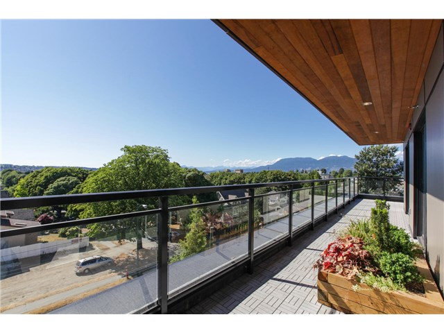 Photo 3: # PH2 3028 ARBUTUS ST in Vancouver: Kitsilano Condo for sale (Vancouver West)  : MLS(r) # V1128774