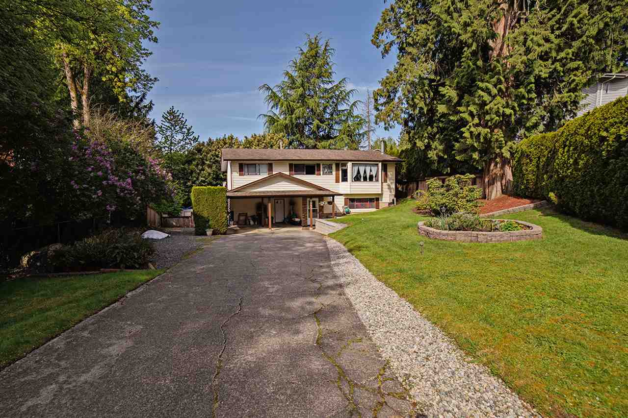 Main Photo: 8045 CARIBOU STREET in Mission: Mission BC House for sale : MLS(r) # R2059523