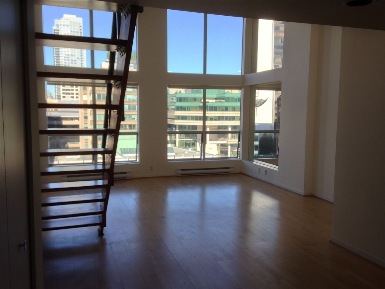 Photo 2: 803 933 SEYMOUR STREET in Vancouver: Downtown VW Condo for sale (Vancouver West)  : MLS(r) # R2078140