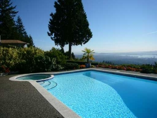 Main Photo: 1155 Eyremount Drive in West Vancouver: British Properties House for rent