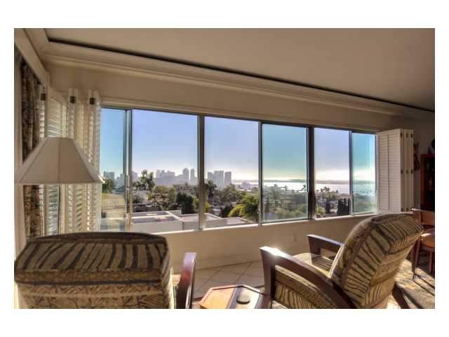 Main Photo: HILLCREST Condo for sale : 3 bedrooms : 2620 2nd Avenue #6B in San Diego