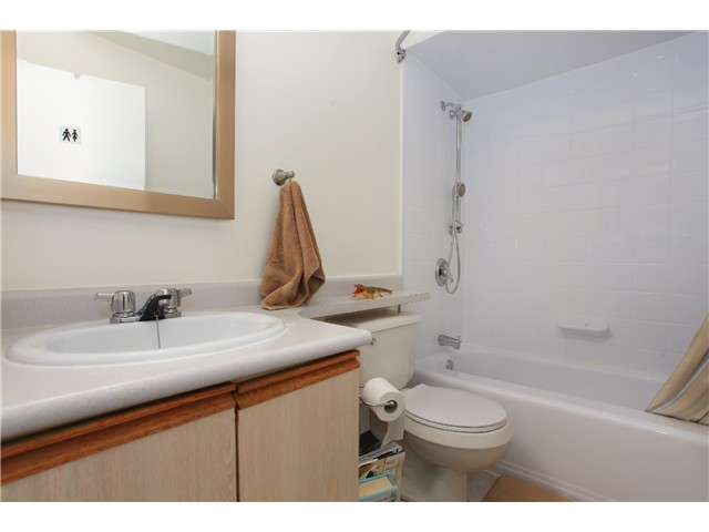 "Photo 22: 209 711 E 6TH Avenue in Vancouver: Mount Pleasant VE Condo for sale in ""PICASSO"" (Vancouver East)  : MLS® # V1004453"