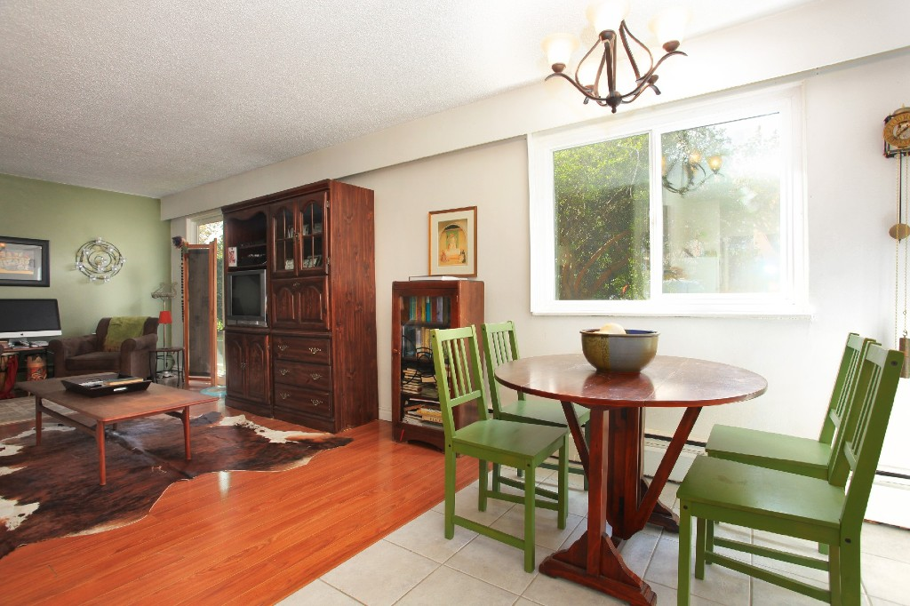 "Photo 5: 209 711 E 6TH Avenue in Vancouver: Mount Pleasant VE Condo for sale in ""PICASSO"" (Vancouver East)  : MLS® # V1004453"