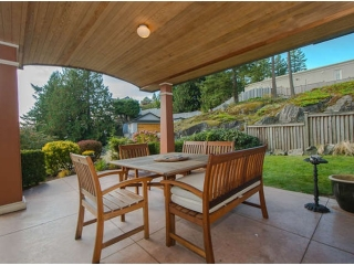 Main Photo: 6037 GLENEAGLES CS in West Vancouver: Gleneagles House for sale : MLS® # V1041670