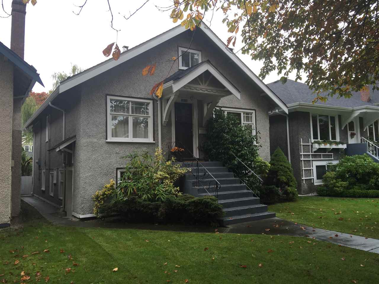 Photo 1: 3233 W 14TH AVENUE in Vancouver: Kitsilano House for sale (Vancouver West)  : MLS® # R2007422