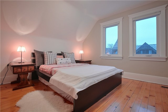 Photo 4: 337 Wellesley St E in Toronto: Cabbagetown-South St. James Town Freehold for sale (Toronto C08)  : MLS® # C3427497