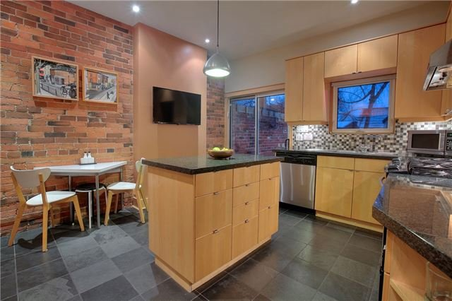 Photo 16: 337 Wellesley St E in Toronto: Cabbagetown-South St. James Town Freehold for sale (Toronto C08)  : MLS® # C3427497