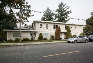 Main Photo: 15671 COLUMBIA AVENUE: White Rock House for sale (South Surrey White Rock)  : MLS(r) # R2003549
