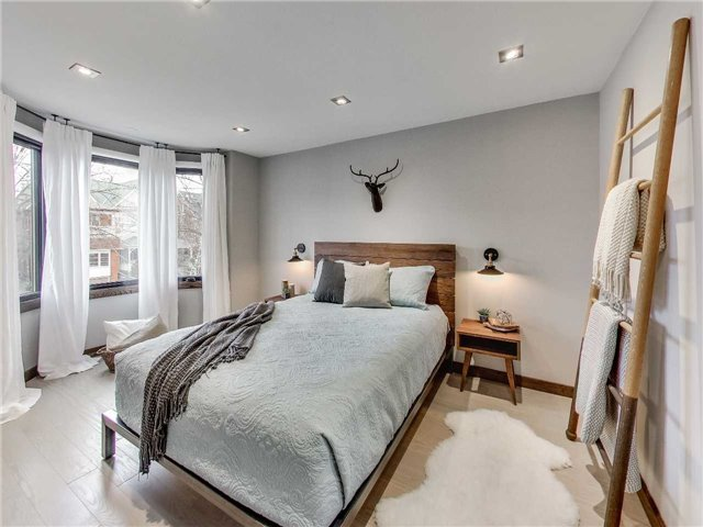 Photo 9: 122 Mavety St in Toronto: High Park North Freehold for sale (Toronto W02)  : MLS(r) # W3692607