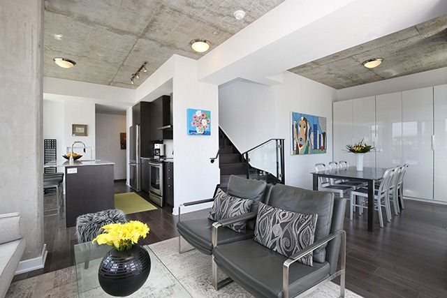 Photo 12: 32 Camden St Unit #Ph 5 in Toronto: Waterfront Communities C1 Condo for sale (Toronto C01)  : MLS® # C3240912