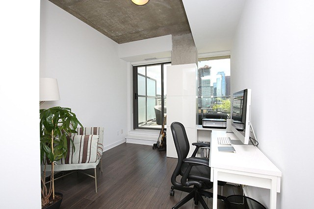 Photo 5: 32 Camden St Unit #Ph 5 in Toronto: Waterfront Communities C1 Condo for sale (Toronto C01)  : MLS® # C3240912