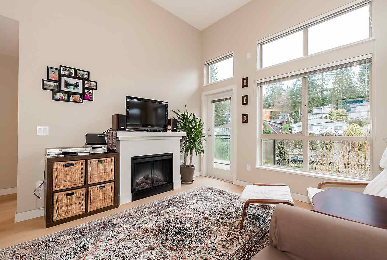 Photo 2: 420 1633 MACKAY AVENUE in North Vancouver: Pemberton NV Condo for sale : MLS® # R2038013