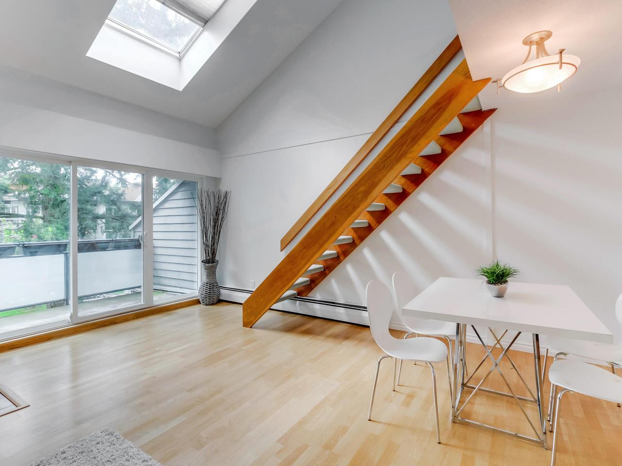 Main Photo: PH1 2125 YORK AVENUE in Vancouver: Kitsilano Condo for sale (Vancouver West)  : MLS(r) # R2089526