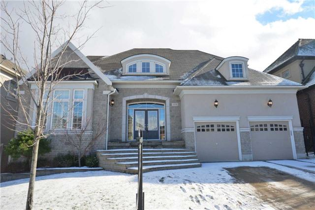 Main Photo: 1208 Milna Dr in Oakville: Iroquois Ridge North Freehold for sale : MLS® # W3698217