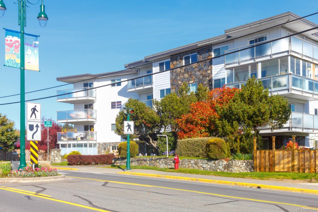 FEATURED LISTING: 207 - 848 Esquimalt Rd