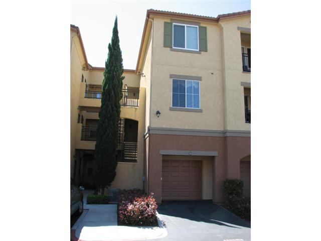 Photo 2: CARMEL VALLEY Condo for sale : 2 bedrooms : 3835 Elijah Court #528 in San Diego