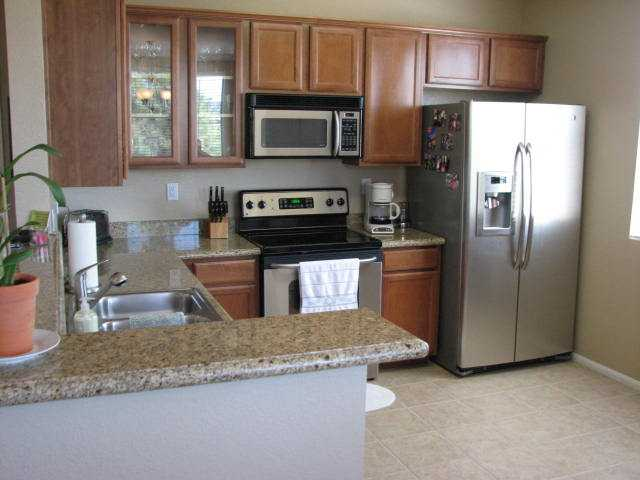 Photo 5: CARMEL VALLEY Condo for sale : 2 bedrooms : 3835 Elijah Court #528 in San Diego