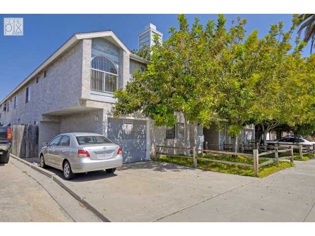 Main Photo: CITY HEIGHTS Townhome for sale : 2 bedrooms : 3625 43rd Street #1 in San Diego