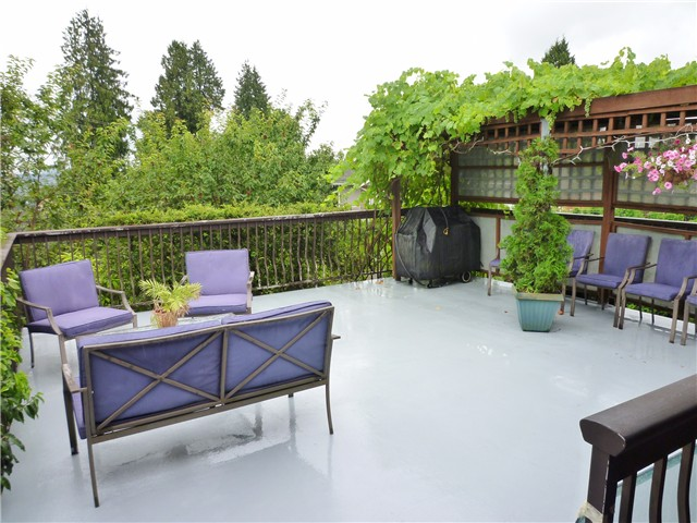 Photo 15: 358 E EIGHTH Avenue in New Westminster: The Heights NW House for sale : MLS(r) # V1077268