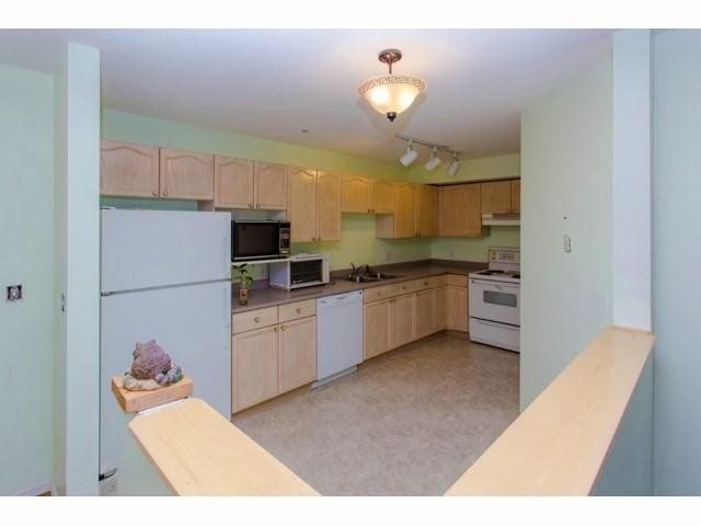 Photo 9: # 133 33173 OLD YALE RD in Abbotsford: Central Abbotsford Condo for sale : MLS(r) # F1418102