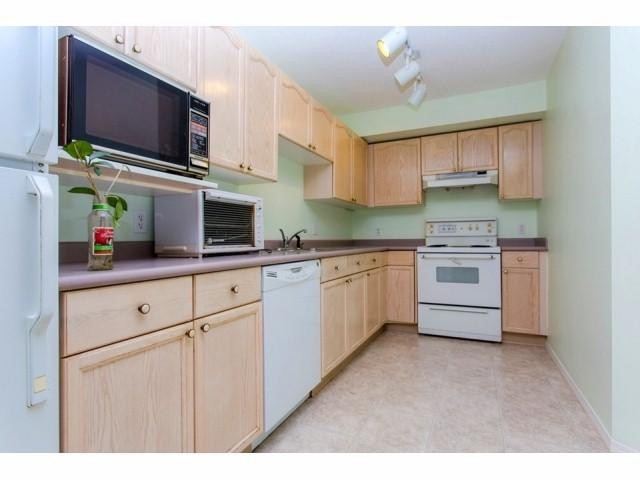 Photo 10: # 133 33173 OLD YALE RD in Abbotsford: Central Abbotsford Condo for sale : MLS(r) # F1418102