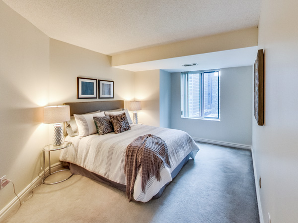Photo 16: 1210 33 University Avenue in Toronto: Bay Street Corridor Condo for sale (Toronto C01)  : MLS(r) # C3079433