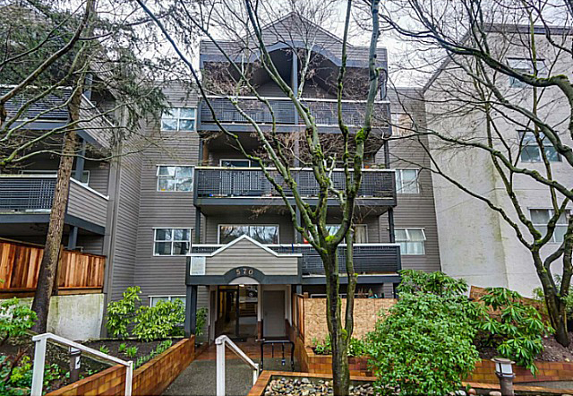 Main Photo: 204 570 E 8th Avenue in Vancouver: Mount Pleasant VE Condo for sale (Vancouver East)  : MLS® # V1105079