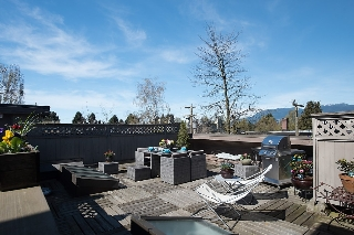 Main Photo: 304 1935 W 1st Avenue in Vancouver: Kitsilano Condo for sale (Vancouver West)  : MLS® # v2052562