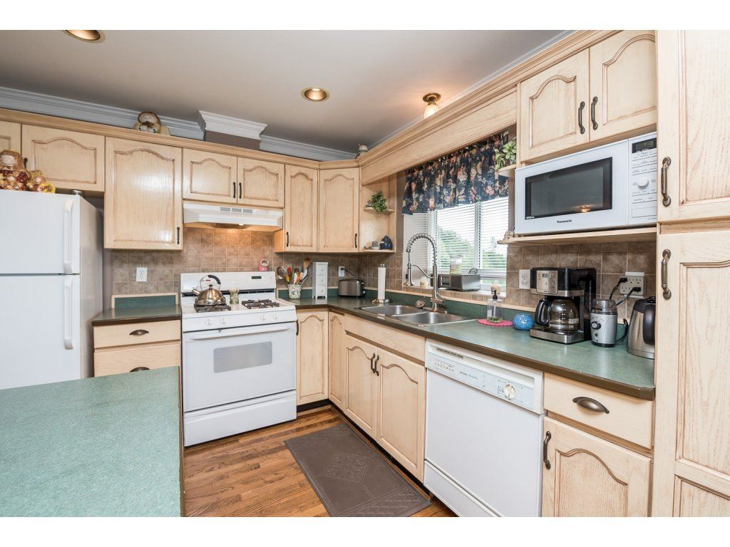 Photo 10: 35840 REGAL PARKWAY in Abbotsford: Abbotsford East House for sale : MLS(r) # R2079720