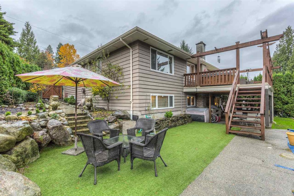 Photo 11: 1015 Ogden Street in Coquitlam: Ranch Park House for sale : MLS® # R2131815