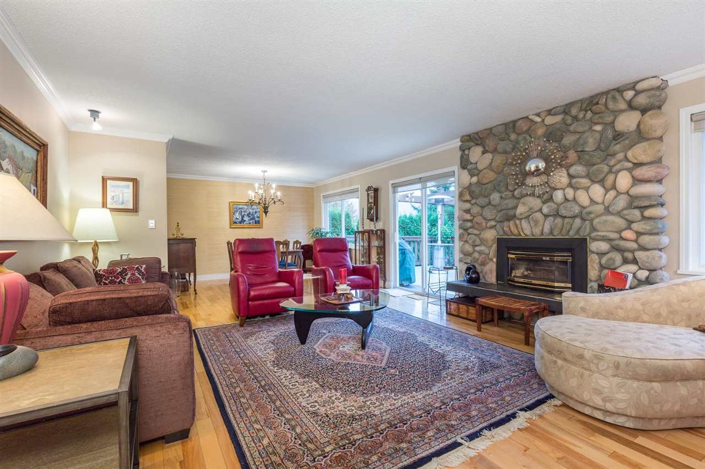 Photo 5: 1015 Ogden Street in Coquitlam: Ranch Park House for sale : MLS® # R2131815