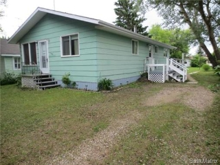 Main Photo: 1005 3rd Street: Rosthern Single Family Dwelling for sale (Saskatoon NW)  : MLS®# 455583