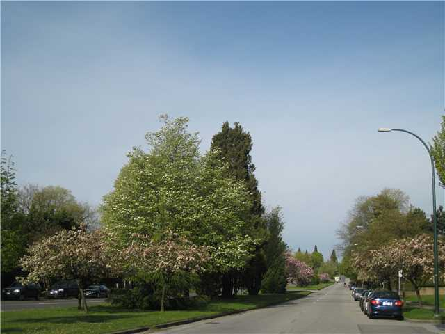 "Photo 7: PH10 1011 W KING EDWARD Avenue in Vancouver: Shaughnessy Condo for sale in ""LORD SHAUGHNESSY"" (Vancouver West)  : MLS® # V1003766"