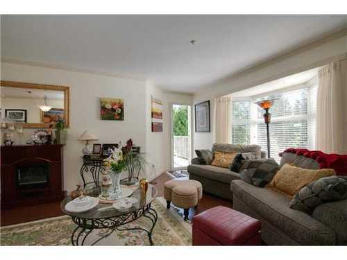 Photo 3: 305 526 13TH Street in New Westminster: Uptown NW Home for sale ()  : MLS® # V971604