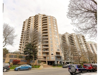 Main Photo: 906 1185 QUAYSIDE DRIVE in New Westminster: Quay Condo for sale : MLS® # R2047868