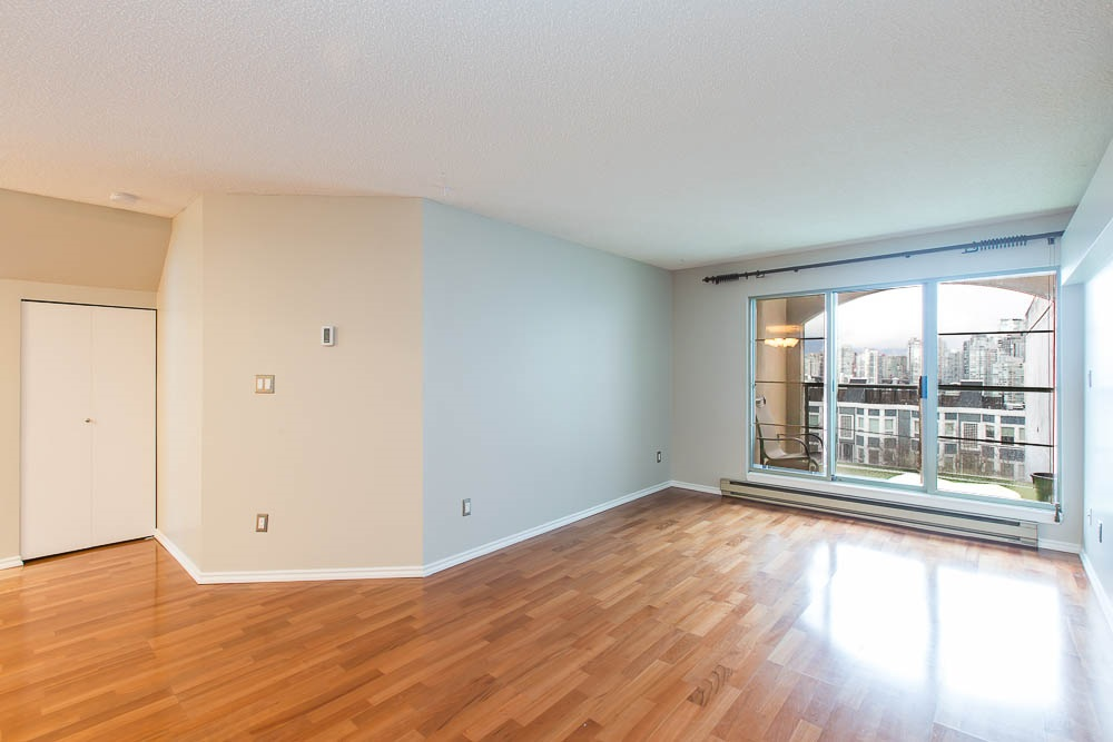 Photo 11: 305 1082 W 8TH AVENUE in Vancouver: Fairview VW Condo for sale (Vancouver West)  : MLS® # R2033511