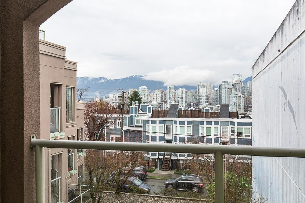 Photo 20: 305 1082 W 8TH AVENUE in Vancouver: Fairview VW Condo for sale (Vancouver West)  : MLS® # R2033511