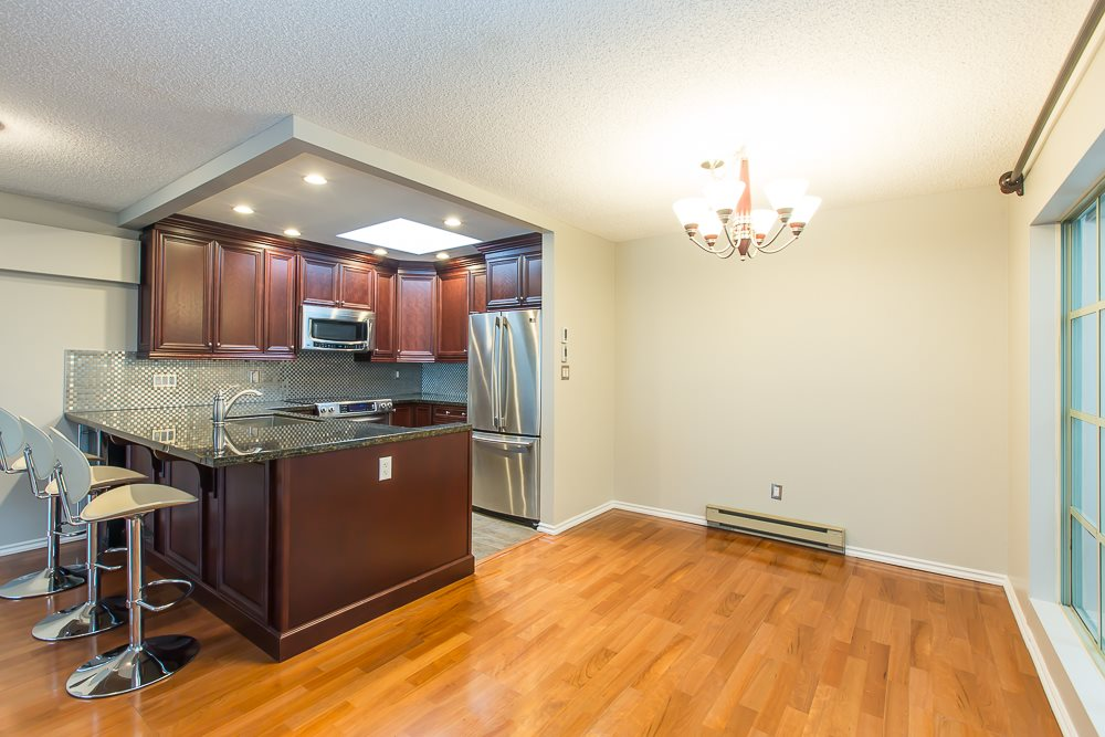 Photo 8: 305 1082 W 8TH AVENUE in Vancouver: Fairview VW Condo for sale (Vancouver West)  : MLS® # R2033511