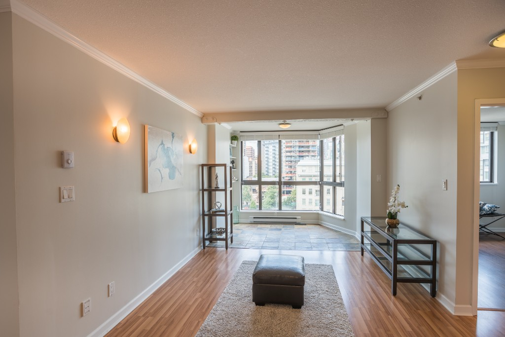 Photo 2: 906 488 HELMCKEN STREET in Vancouver: Yaletown Condo for sale (Vancouver West)  : MLS® # R2086319