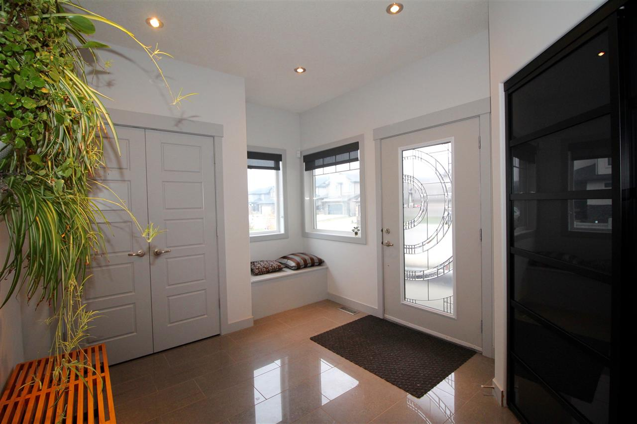 Photo 2: 2618 WATCHER WY SW in Edmonton: Zone 56 House for sale : MLS(r) # E4042141