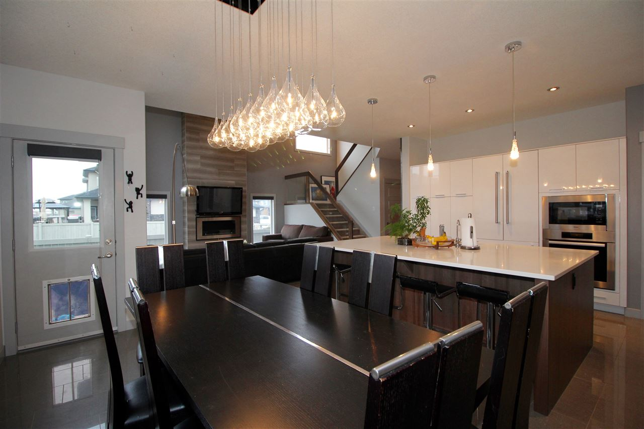 Photo 10: 2618 WATCHER WY SW in Edmonton: Zone 56 House for sale : MLS(r) # E4042141