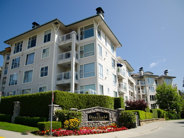 Photo 1: Photos: 217 3608 DEERCREST Drive in North Vancouver: Roche Point Condo for sale : MLS® # V976517